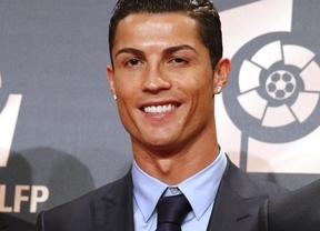 Real Madrid 5 - Atlético 1: los blancos, con triplete de Ronaldo, golean al campeón liguero en los Premios de la LFP