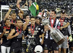Brasil sigue ganando títulos: el Atlético Mineiro de Ronaldinho se lleva la libertadores