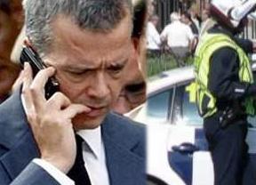 Camacho llama a Aguirre para 'regañarla' por usar a la Policía políticamente