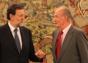 Rajoy explicó al Rey la letra pequeña de la reforma de la ayuda de los 400 euros, pero no a la opinión pública