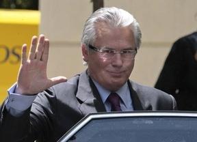 Garzón también queda exculpado por investigar los crímenes de franquismo