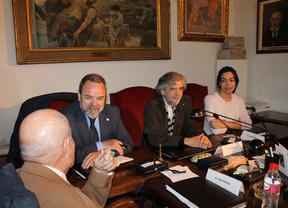 Labrador se compromete a garantizar el futuro de la Real Academia de Bellas Artes de Toledo