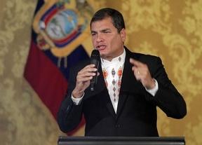 Correa instiga a España: tiene que 'liberarse de un sistema que aplasta a los seres humanos'