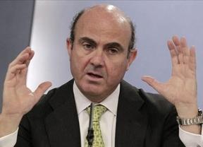 De Guindos no ve 'brotes verdes', pero sí 'rayos de esperanza' para 2013