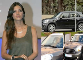 Sara Carbonero estrena el coche que le regaló Iker Casillas