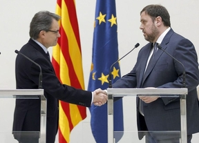 La historia interminable de Cataluña: ERC vuelve a insistir en ceder la lista de independientes a Mas