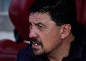 Tres partidos de sanción al 'Mono' Burgos por su comportamiento en el derbi madrileño