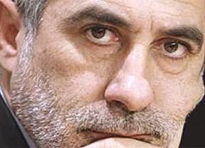 Llamazares preguntará por escrito al Rey sobre su papel en el golpe de Estado
