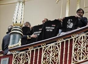 Los mineros leoneses 'se la motan' al ministro Soria en el Congreso