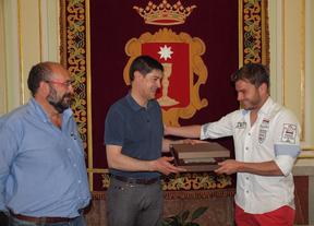 Reconocimiento en Cuenca al futbolista Cristian Sánchez ante su retirada