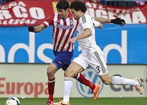El Madrid salva el empate en el Calderón y conserva el liderato (2-2)