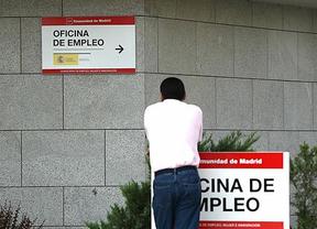 Como avanzó Rajoy, la bajada del paro siguió en noviembre pese a ser un mal mes para el empleo