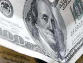 El dólar americano se cotiza un punto menos en una tendencia a la baja