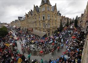 Boom gana en el infierno de pavés con exhibición de Nibali y 'pájara' de Contador