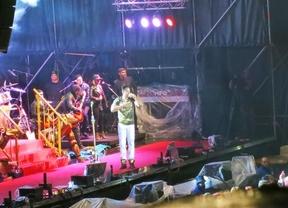 Romeo Santos, dos horas de espectáculo en Toledo pasadas por agua