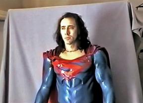 Nuevo tráiler del fallido Superman de Tim Burton y Nicolas Cage