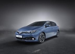 Toyota desvela los nuevos Auris y Avensis en el Salón de Ginebra