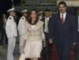 Cristina Fernández en un viaje clave a Venezuela