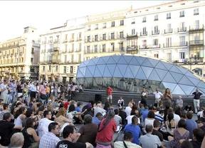 Los indignados desafían con manifestarse en Sol durante la jornada de reflexión del 20-N