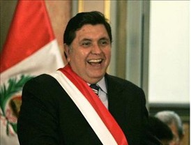 Presidente Chávez revisará artículos a ser reformados en la Constitución