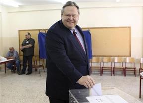 Europa busca sobrevivir mientras en Grecia sigue la agonía