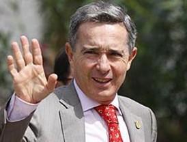 Uribe habló sobre la liberación de Betancourt