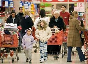 La confianza del consumidor cae 2,5 puntos en octubre por peor valoración del presente y del futuro