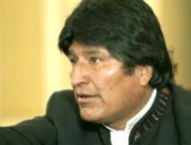 Evo Morales explica subida de carburantes y anuncia 20% de aumento salarial