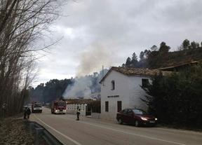 Incendio en 'El Sitio', un bar de carretera próximo a Villalba de la Sierra (Cuenca)