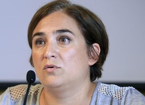 Las encuestas dan una victoria histórica a Ada Colau en Barcelona