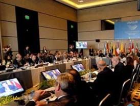 Venezuela y Colombia se rotarán en secretaría de Unasur