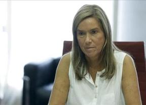 El Supremo archiva la querella de los afectados por la hepatitis C contra la ex ministra Ana Mato