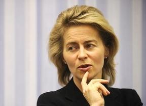 Tras la nueva gran coalición, el tercer gobierno de Merkel contará con 7 ministros 'suyos' y 6 socialdemócratas; Ursula von der Leyen, posible sucesora, toma poder