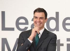 Sánchez se lanza a hacer campaña en inglés 'interruptus'
