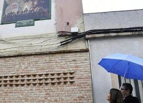 Un azulejo conmemora los 50 años de la Hermandad Sacramental de la Santa Cena en Ciudad Real