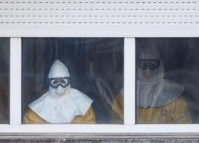 La cooperante de Médicos sin Fronteras sigue sin síntomas de ébola,