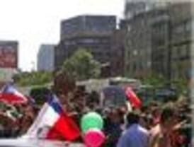 Festejos y llantos tras la muerte de Pinochet