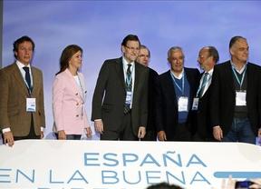 Rajoy y sus 'barones' territoriales reivindican la vigencia de la Constitución