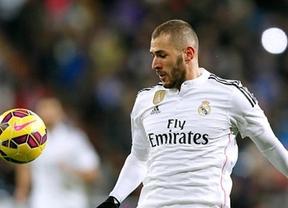 A perro flaco... todo son lesiones: la lesión de Benzema también le va a impedir jugar la Champions contra el Atlético en el Bernabéu