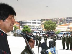 Raúl Isaías Baduel va contra Chávez y su guerra