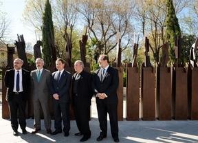Toledo inaugura doce esculturas de Paco Rojas en homenaje al 'Apostolado' del Greco