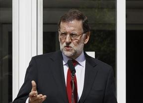 Rajoy, tras visitar el Hospital Carlos III, envía un mensaje de calma y descarta una epidemia de ébola