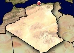 Mueren 103 personas en un accidente de un avión militar en Argelia