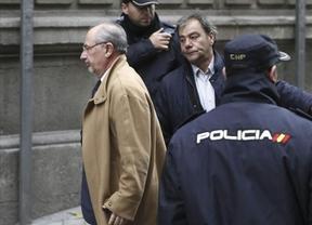 Rato se 'lava las manos' y responsabiliza al Gobierno y al Banco de España