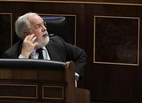 Cañete pide disculpas por sus declaraciones machistas en el examen de la Eurocámara
