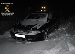 Un matrimonio, atrapado durante 30 horas en su vehículo por la nieve