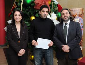 El alumno de doctorado Antonio Raúl Fernández gana el concurso para promocionar la Universidad del Mar