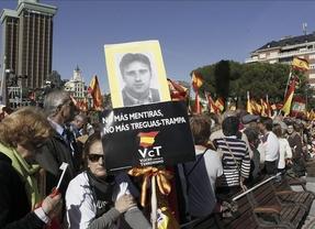 Miles de personas se manifiestan contra de la sentencia del Tribunal de Estrasburgo que rechazó la doctrina Parot