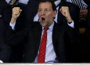 Rajoy se marcha a Francia... ¡a ver el fútbol!