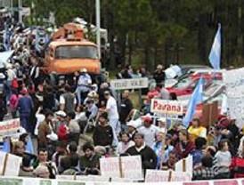 Fiasco en las elecciones afganas: Karzai gana sin oposición